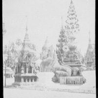 Rangoon - pagoda scene