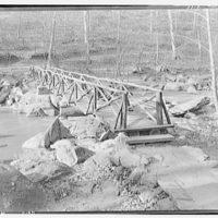 Bridges. Footbridge in Rock Creek Park