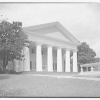 Custis-Lee Mansion. Front view of Custis-Lee Mansion I