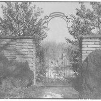 Dumbarton Oaks. Gate at Dumbarton Oaks