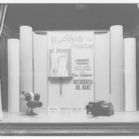 Electric Institute of Washington. Window display: New freedom with automatic oil heat