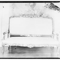 Furniture and other home furnishings. Upholstered couch with gilded frame I