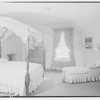 House at 4610 Reno Rd., F.J. Fisher Properties or Chevy Chase Land Co. Interior of house at 4610 Reno Rd. VII