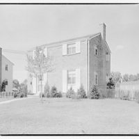 Houses by Schreier & Patterson, architects. House number 5511