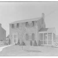 Houses by Schreier & Patterson, architects. House number 5520