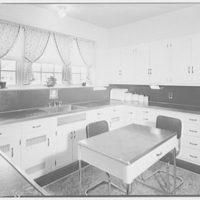 Kitchen Equipment Co. Pardoe kitchen in Kenwood III