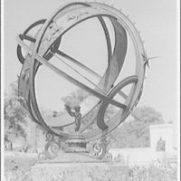 Meridian Hill Park. Sun clock at Meridian Hill Park II