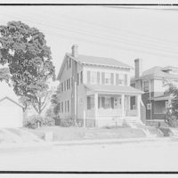 Miscellaneous houses. Two-storied house with wood siding for sale by Maddox, Marshall, Moss & Mallory