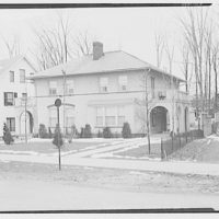 Miscellaneous houses. Two-story stucco house with arcades on sides I