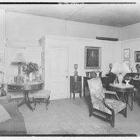 Miscellaneous interiors. Living room, to door