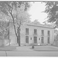 Mrs. Moran home at 2320 Bancroft. Exterior facade of Mrs. Moran's home III