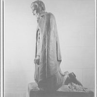 National Cathedral. Statue of Lincoln by Houcks in National Cathedral III