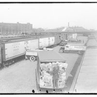 Railroads. Unloading of boxcars, B&O