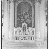 St. Aloysius on North Capitol and I St. Altar close-up at St. Aloysius II