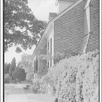 Wakefield, Washington's birthplace. Close-up of side of Wakefield house