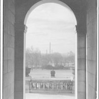 Washington Monument. View of Washington Monument through arch of the U.S. Capitol