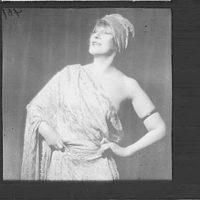 Portrait photograph of Georgette Leblanc