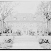 J.J. Bodell, residence at 61 Intervale Rd., Providence, Rhode Island. View on axis, center section