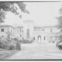Anthony Campagna, residence in Riverdale-on-Hudson, New York City. Entrance court view
