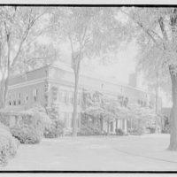"""Harold I. Pratt, """"Welwyn"""", residence in Glen Cove, Long Island, New York. House from left"""