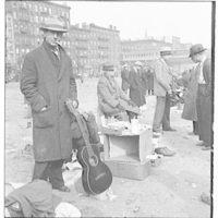 New York City views. 1933 junk markets IV