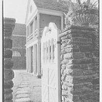 John N. Conyngham, Hayfield Farm, residence in Lehman Township, Pennsylvania. Service court through little gate