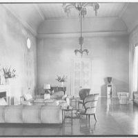 Mrs. William E. Clow, Jr., residence in Lake Forest, Illinois. Living room, horizontal