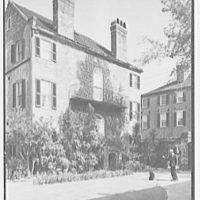 Charleston architecture, Charleston, South Carolina. Alfred Hutty, residence at 46 Tradd St., house