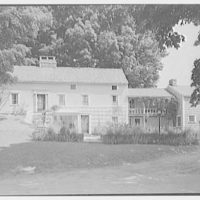 Donn Jefferson Sheets, residence in New Preston, Connecticut. General exterior from center