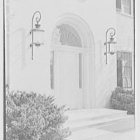 Howard Phipps, residence in Westbury, Long Island. Entrance facade, entrance detail I