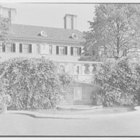 Howard Phipps, residence in Westbury, Long Island. Pool and fountain, house above