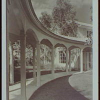 Palm Beach : architecture and gardens. Charles E. Merrill residence on N. Lake Trail, curved loggia