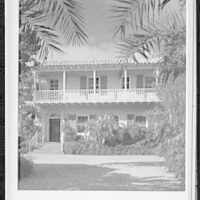 Palm Beach residence. Robert D. Huntington, residence on Travellers Way, general entrance view