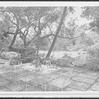 Palm Beach residence. Robert D. Huntington, residence on Travellers Way, patio breakfast table, to lawn