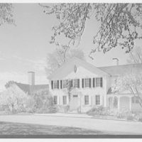 Donald D. Campell, residence in Greenfield Hill, Fairfield, Connecticut. General entrance facade from right