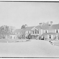 Albert W. Sherer (formerly Mrs. Myron C. Wick), residence on Round Hill Rd., Greenwich, Connecticut. Entrance facade from right