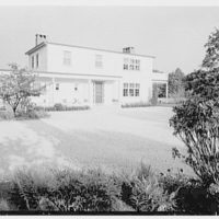 Alvin Devereux, residence at R.F.D. no. 2, West Hills, Huntington, Long Island. General entrance facade, from drive II
