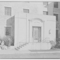 Connecticut College, New London, Connecticut. Jane Addams, 1936, west facade entrance
