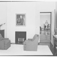 Henry R. Luce, residence on Upper King St., Greenwich, Connecticut. Sitting room