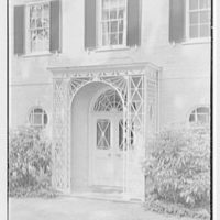 H.H. Rennell, residence in Sasco Hill, Southport, Connecticut. Entrance detail