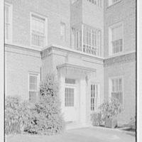 Midland Gardens, Bronxville, New York. Entrance detail II