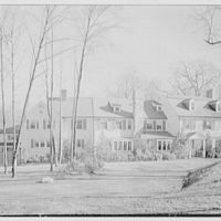 Mills Husted, residence on Husted Ln., Greenwich, Connecticut. Entrance facade, from left