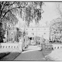 "Mrs. L. Havemeyer, ""Grassmere"", residence in Rhinebeck, New York. South facade, over garden"