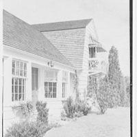 Neil Agnew, Kettlehill Farm, residence in Newtown, Connecticut. Entrance detail