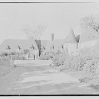 Rush Sturges, residence in Wakefield, Rhode Island. Entrance, from drive
