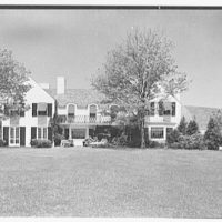 Stanley R. Miller, residence on E. Middle Patent Lane, Greenwich, Connecticut. Rear facade, axis