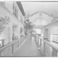 World's Fair, Florida Building. Main exhibit hall, general view