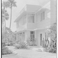 Charles S. Payson, residence in Hobe Sound, Florida. Entrance detail