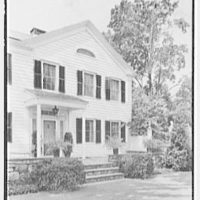 Ferdinand T. Wilcox, residence in New Canaan, Connecticut. East facade, vertical