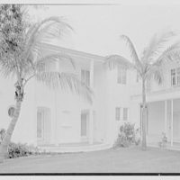 Harry R. Playford, residence at 415 Brightwaters Blvd., St. Petersburg, Florida. Portico